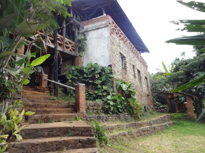 Sakiete cottage at Tona lodge, Mbaga